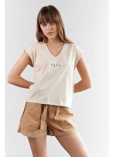 Levure Baskılı T-Shirt Bej